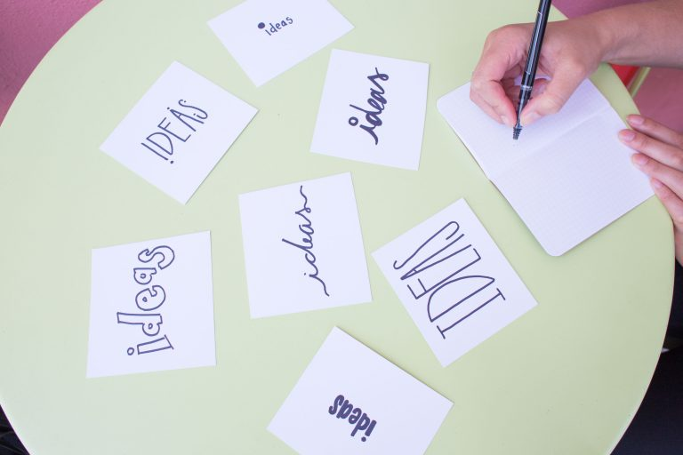 superar el bloqueo creativo brainstorming