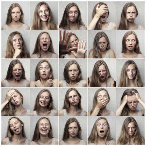 emociones mujer asertiva