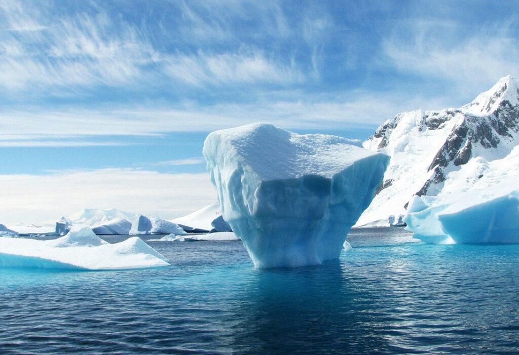 iceberg_escritura_narrativa_transmedia