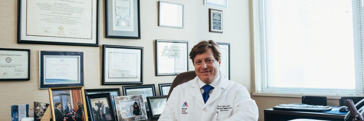 doctor de El sistema de salud universal